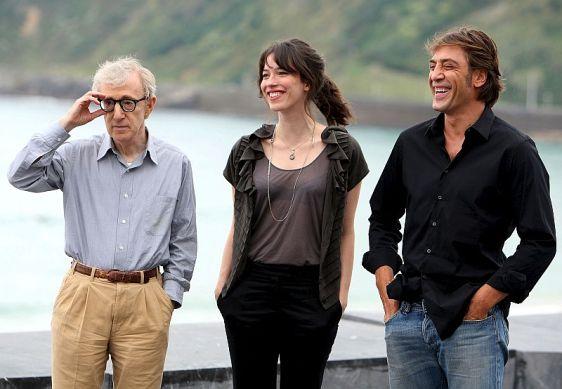 Ο Woody Allen, o Javier Bardem και η Rebecca Hall παρουσίασαν το Vicky Cristina Barcelona, που προβάλλεται στα πλαίσια της ενότητας Perlas del festival. Η ταινία φτάνει αύριο στους κινηματογράφους της Ισπανίας.