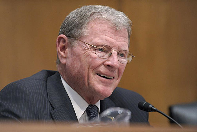 El senador republicano James Inhofe en el Capitolio en abril de 2011. | AP