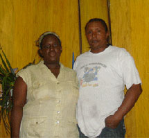 Sonia con su esposo. I Laritza Diversent