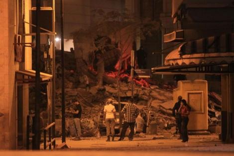 El derrumbe se ha producido en el centro de la ciudad. | Efe