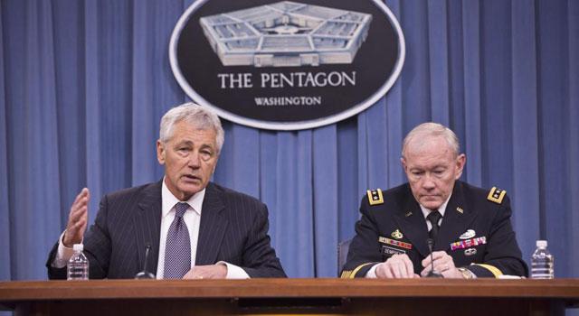 El secretario de Defensa, Chuck Hagel y el jefe del Estado Mayor, Martin Dempsey, ante la prensa. | Efe