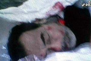 El cadáver de Sadam Husein, en una imagen del canal privado iraquí Biladi TV. (Foto: AFP)