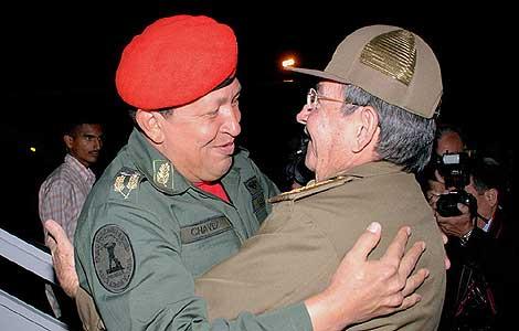 Chávez y Raúl Castro
