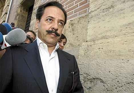 Álvaro Pérez, 'El Bigotes', a la salida del TSJV. | Benito Pajares