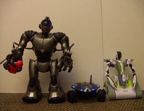 Imagen de los tres robots estudiados. | Washington.edu