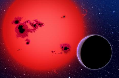 Recreación de la 'supertierra' GJ1214b, a su paso por su estrella.| ESO