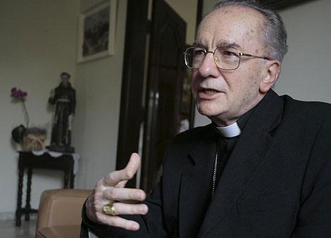El cardenal Claudio Hummes, en una rueda de prensa en 2006. | Reuters