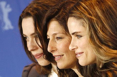 Rebecca Hall, Catherine Keener y Amanda Peet, en el photocall de 'Please Give'. | Ap