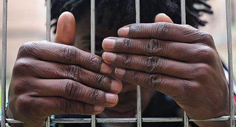 J. J., nigeriano de 16 años al que le han negado la minoría de edad. | Bernardo Díaz.