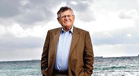 Herbert Pundik, en la portada de uno de sus libros.