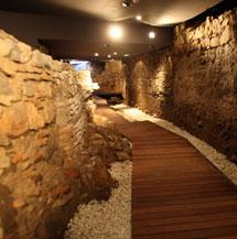 Arqueología bajo el hotel. | A. Pastor