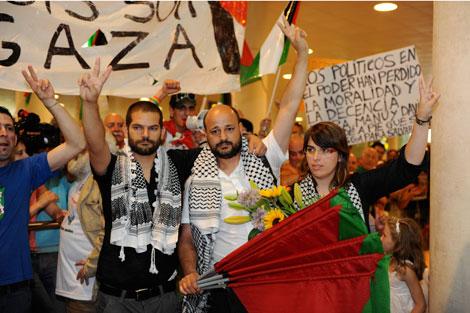 David Segarra, Manuel Tapial y Laura Arau, a su llegada | Foto: Rudy