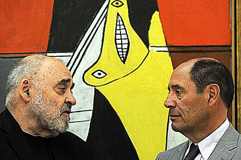 Los herederos de los artistas: Alexander Klee (izda.) y Claude Picasso, en la presentación. | AFP