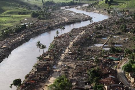 Paisaje desolado en Haití tras el terremoto