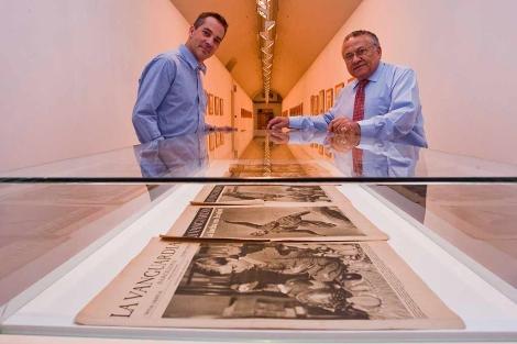 Inauguración en San Benito de la exposición de Agustí Centelles. | P. Requejo