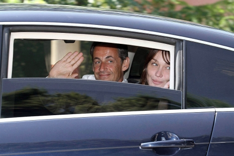 Nicolas Sarkozy y Carla Bruni, a su llegada a Cap Ngre. | Efe