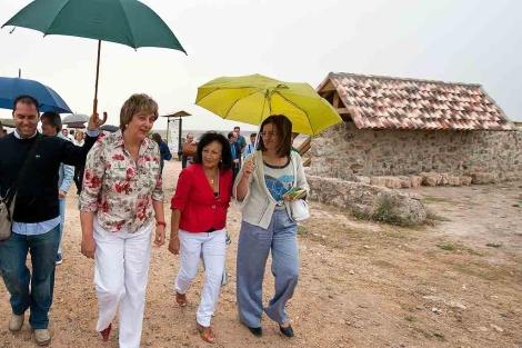 La vicepresidenta de la Junta inaugura unas obras en Castrojeriz. | Ical