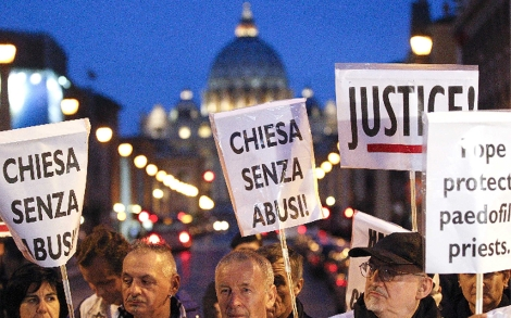 Carteles de la protesta. | Reuters