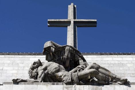 La cruz del Valle de los Caídos.   Diego Sinova