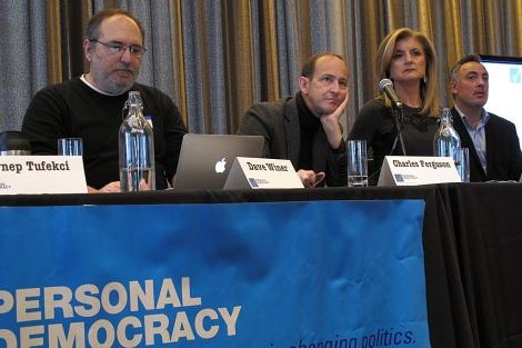 De izquierda a derecha, Dave Winer, Charles Ferguson, Arianna Huffington y Andrew Rasej (fundador del Personal Democracy Forum). | C. F.