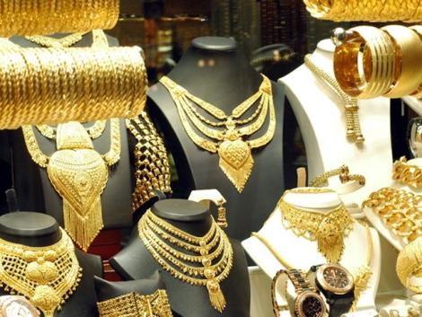 Oro en el Gran Bazar. | I.U.T.