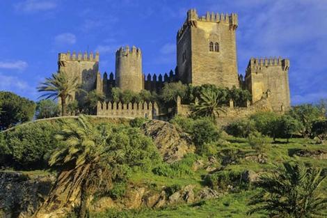 Imagen de un castillo en Almodóvar del Río. | El Mundo