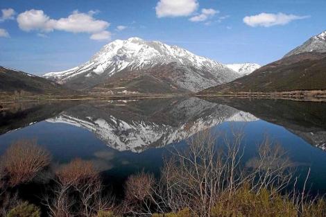 Panorámica del Parque Natural de Fuentes Carrionas, en la alta montaña palentina. | ELMUNDO.es