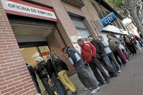 PROTESTA : Parados de España, a la cola. La cita será el 24 de enero a las 11 de la mañana 1294822625_0