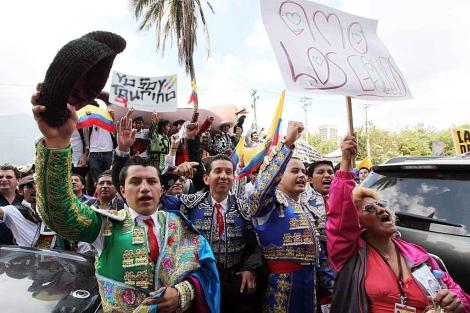 Aficionados taurinos de Ecuador protestan contra la propuesta de prohibir las corridas de toros. | Efe