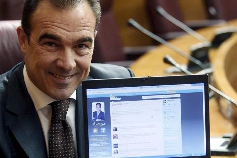 El portavoz 'popular' de Nuevas Tecnologías, Antonio Peral. | Efe