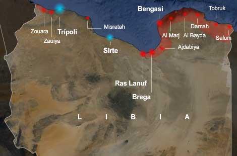 En rojo, las ciudades de los rebeldes y en azul, las de Gadafi. VEA EL GRÁFICO