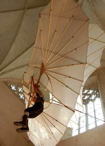Reconstrucción del ingenio volador de Otto-Lilienthal, construido en 1895.