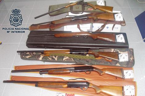 Las armas que utilizó el secuestrador, aficionado a la caza. | Interior