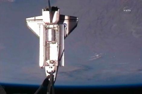 Culminación de la maniobra de atraque del Atlantis en la EEI. | Reuters