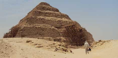 La pirámide del faraón Zoser (2687 a.C - 2668 a.C.). | F. Carrión.