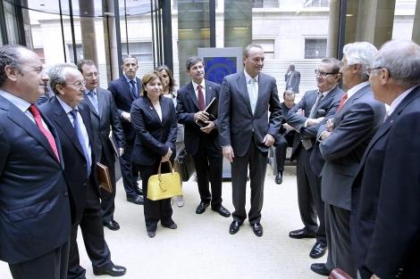 Las autoridades valencianas, este miércoles, en Bruselas. | ELMUNDO.es
