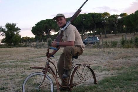 El cazador y periodista Leonardo de la Fuente.