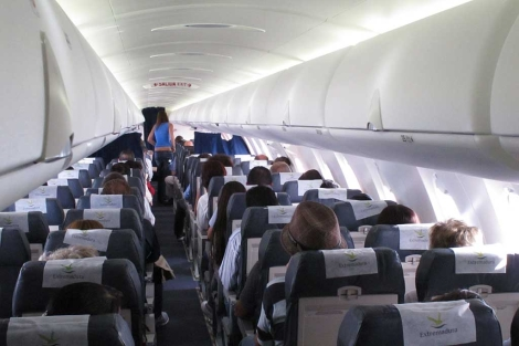 Imagen interior del avión CRJ-1000. | M. R.