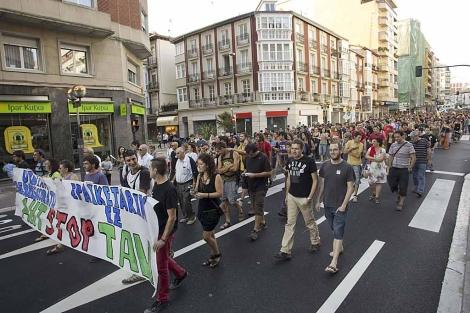 Miles de personas en la manifestación en VItoria contra la 'Y' vasca. | Mitxi