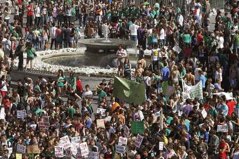 Manifestación de estudiantes en la Puerta del Sol de Madrid. | Efe
