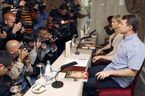 Kate y Gerry McCann, durante la rueda de prensa que ofrecieron en Madrid. | Efe