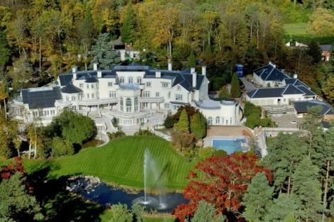 Vista aérea de la mansión de Updown Court. | Daily Mail