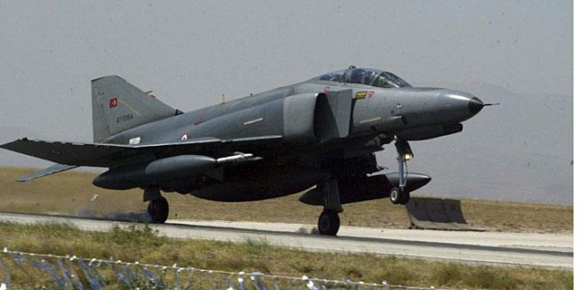 Un Phantom F-4 de la Fuerza Aérea turca. | Efe