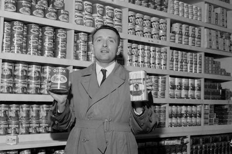 Leclerc, en una de sus tiendas en los años 60. | AFP