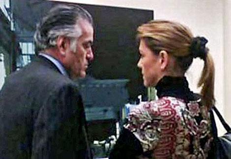 Bárcenas charla con Cospedal, una de las primeras en reclamar su dimisión. | EL MUNDO