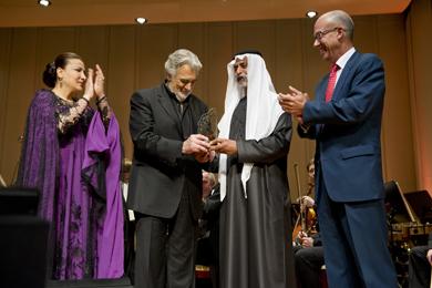 Plácido Domingo, homenajeado en Abu Dhabi. | LAA