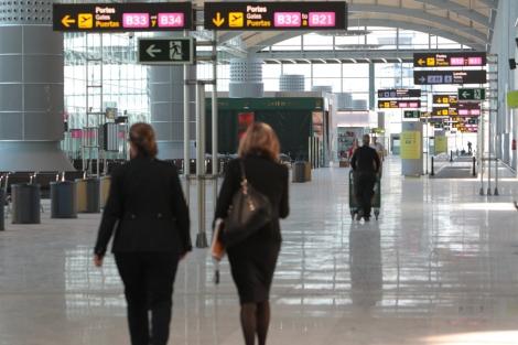 """¿Estás a favor del cambio de denominación del aeropuerto a """"Aeropuerto de Alicante-Elche""""? 1364904073_0"""