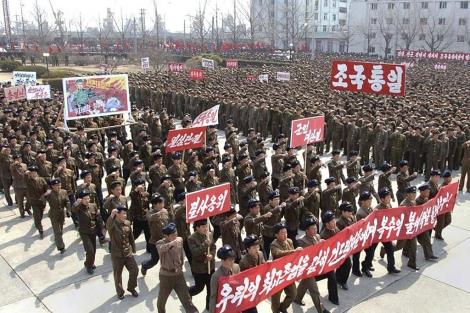 Parada militar en Pyongyang por la victoria contra Washington y Seúl. | Reuters