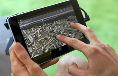 Vista de Google Maps en una tableta. | Reuters