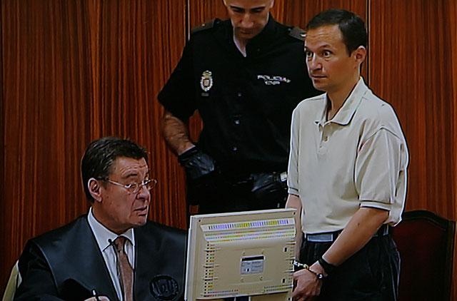 José Bretón y su abogado, este miércoles durante la octava sesión del juicio. | Madero Cubero